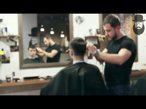 Barbershop GENTLEMEN'S CLUB — стрижка undercut от барбера Геннадия